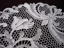 luxury Italian lace table runner fleur de lys