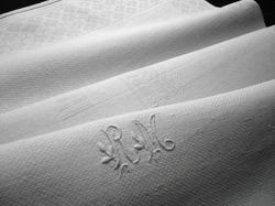 fine linen damask fingertip towels monogram RM