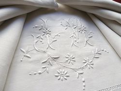 luxury sheets French embroidery