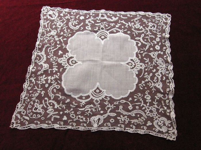fine English application lace handkerchief