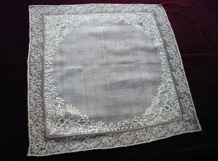 Exceptional embroidered hankerchief, Date:1850