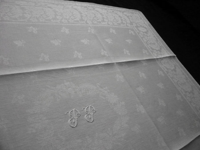 large damask napkins, Monogram: PP