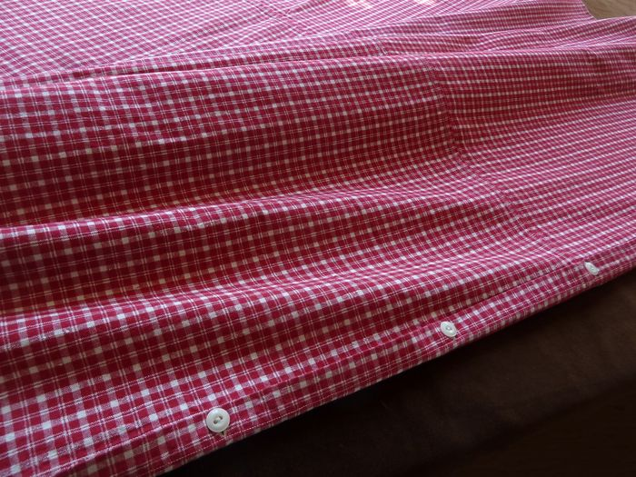 Country French red kelsch plaid duvet cover and matching sham.
