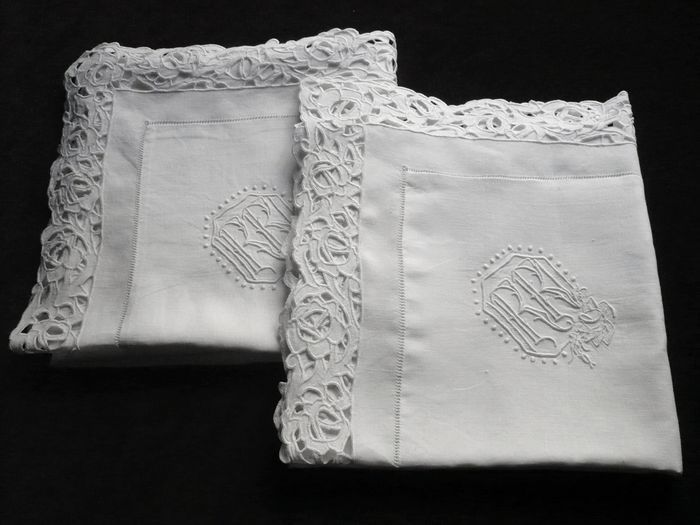 pair of embroidered  pillow sham  monogram RR