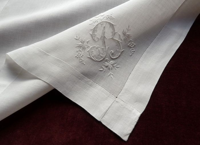 Antique  linen  pocket square monogrammed B