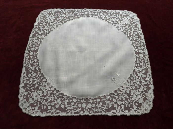 Antique Carrickmacross linen lawn marriage hanky monogrammed PD.
